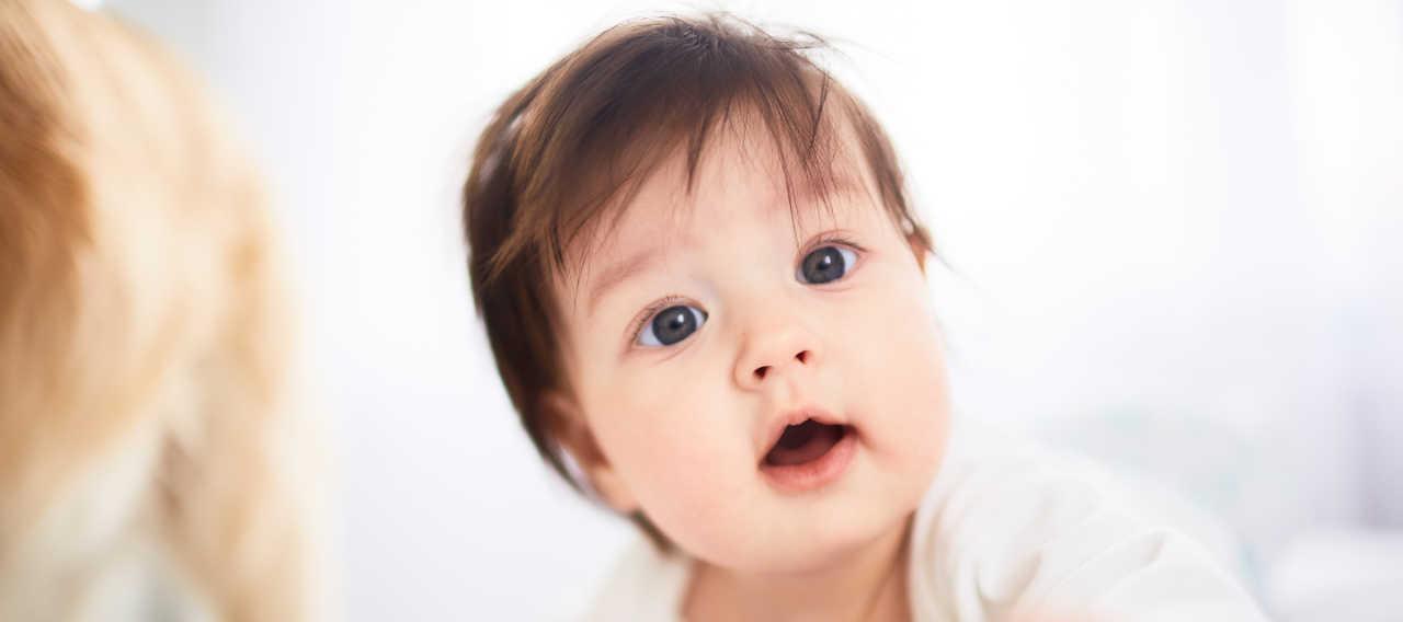 Bébé garçon très mignon, allez-vous llui donner un prénom japonais ?
