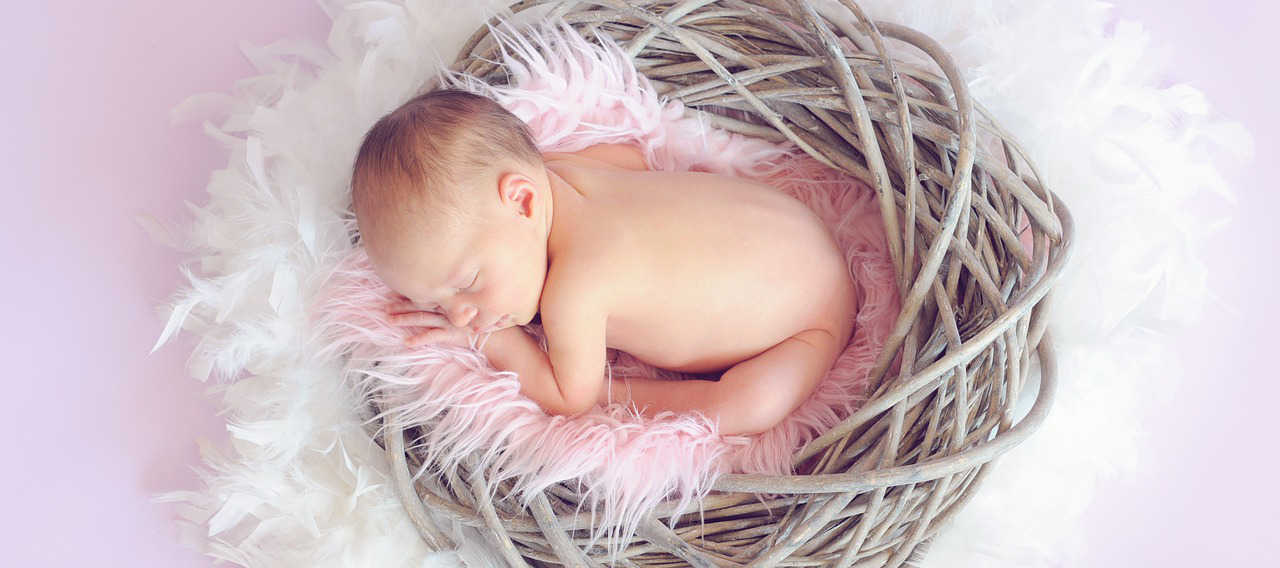 Allez vous donner un prénom japonais à ce bébé qui dort ?